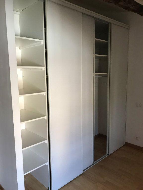 Appartement à louer 2 41.77m2 à Salon-de-Provence vignette-3