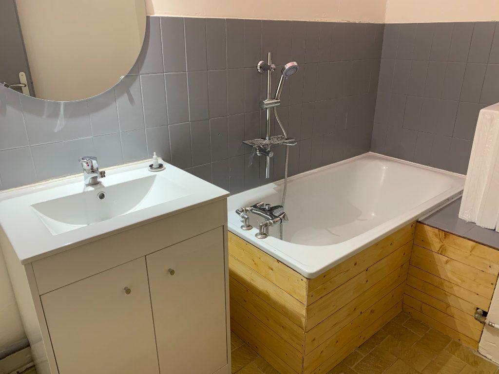 Appartement à vendre 2 38.07m2 à Saint-Martin-de-Crau vignette-3