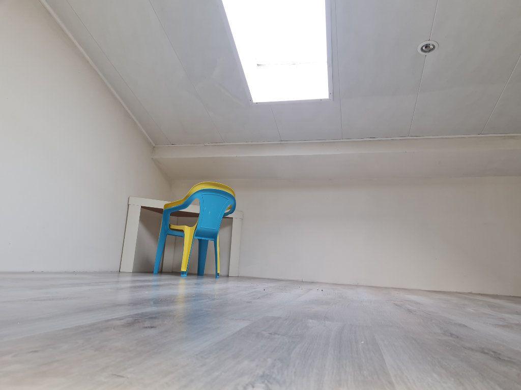 Maison à vendre 4 74m2 à Istres vignette-8