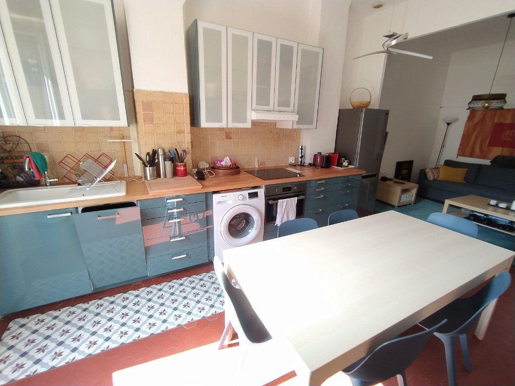 Appartement à louer 2 48.19m2 à Salon-de-Provence vignette-2