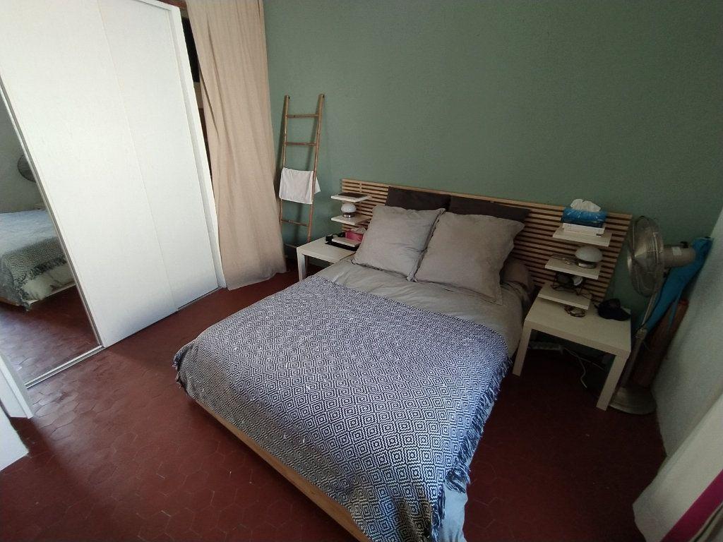 Appartement à louer 2 48.19m2 à Salon-de-Provence vignette-3
