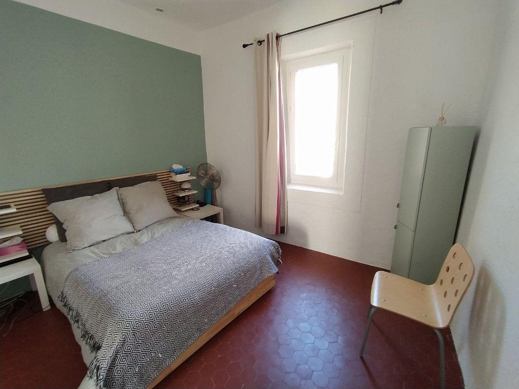 Appartement à louer 2 48.19m2 à Salon-de-Provence vignette-4