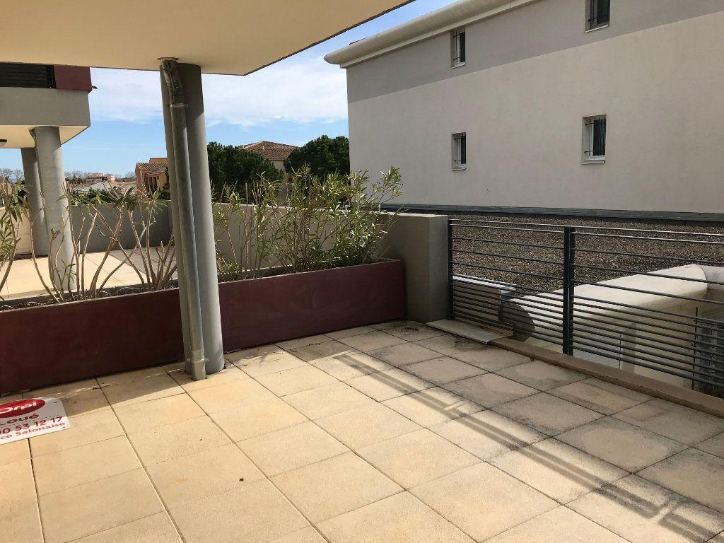 Appartement à louer 2 51m2 à Saint-Martin-de-Crau vignette-5