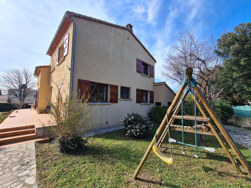 Maison à vendre 6 183m2 à Salon-de-Provence vignette-7