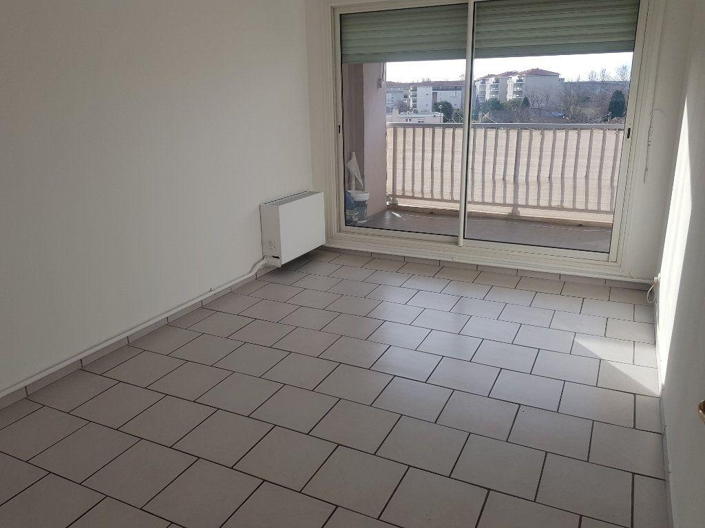 Appartement à vendre 4 80m2 à Istres vignette-4