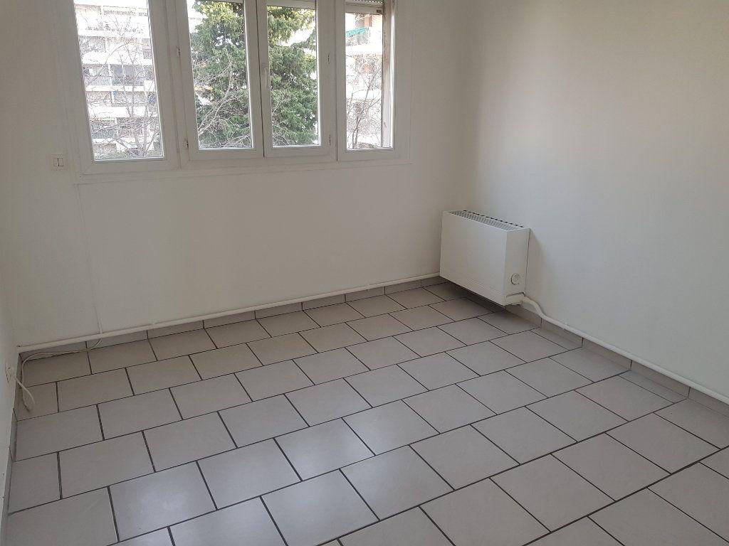 Appartement à vendre 4 80m2 à Istres vignette-5