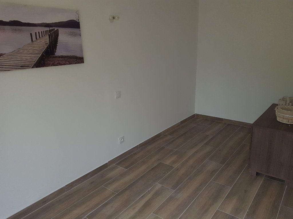 Appartement à vendre 4 67m2 à Istres vignette-3