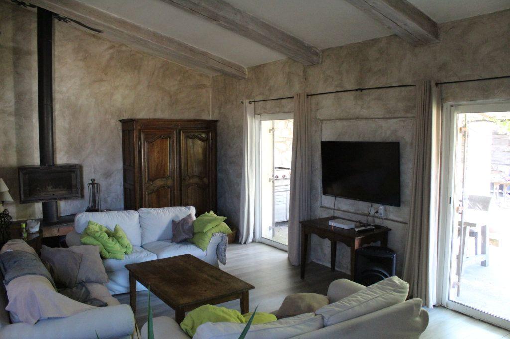 Maison à vendre 6 298m2 à Saint-Martin-de-Crau vignette-6