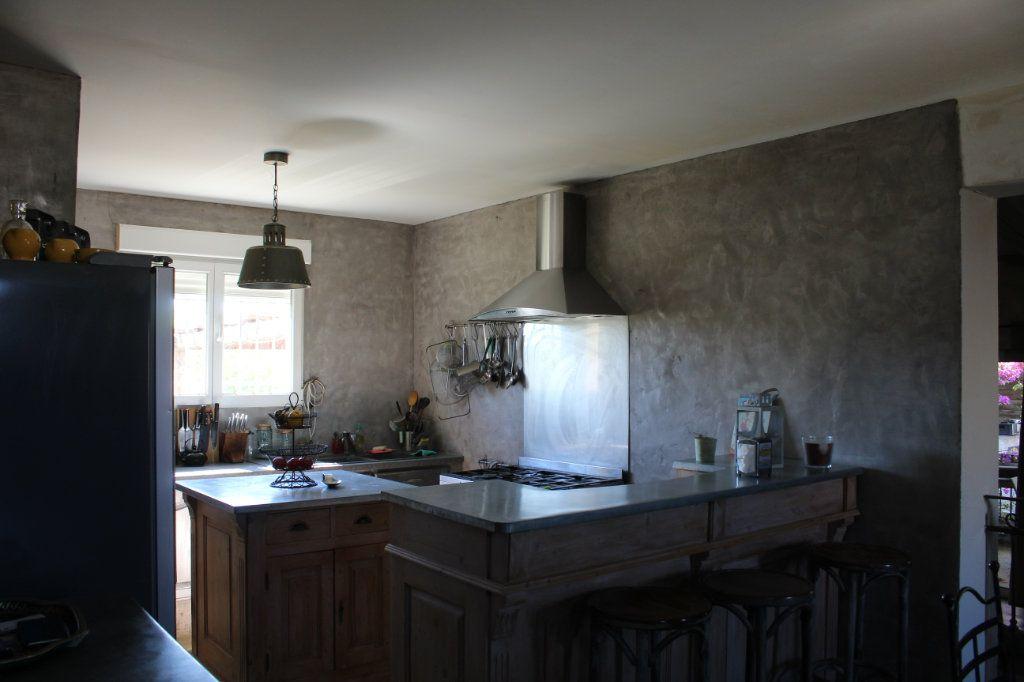 Maison à vendre 6 298m2 à Saint-Martin-de-Crau vignette-9