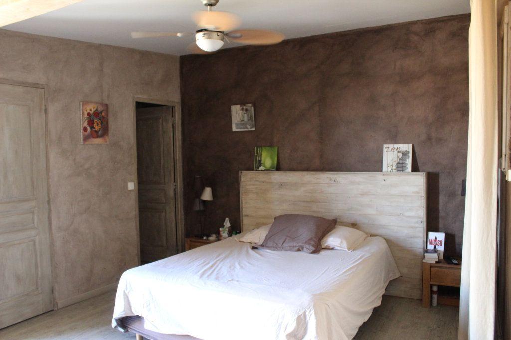 Maison à vendre 6 298m2 à Saint-Martin-de-Crau vignette-10