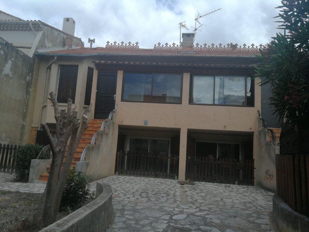 Immeuble à vendre 0 0m2 à Istres vignette-2