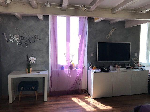 Appartement à vendre 4 90.51m2 à Saint-Chamas vignette-4