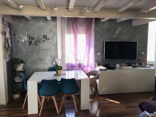 Appartement à vendre 4 90.51m2 à Saint-Chamas vignette-9