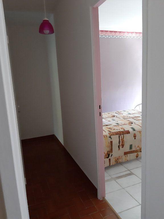 Appartement à vendre 4 78.2m2 à Istres vignette-2
