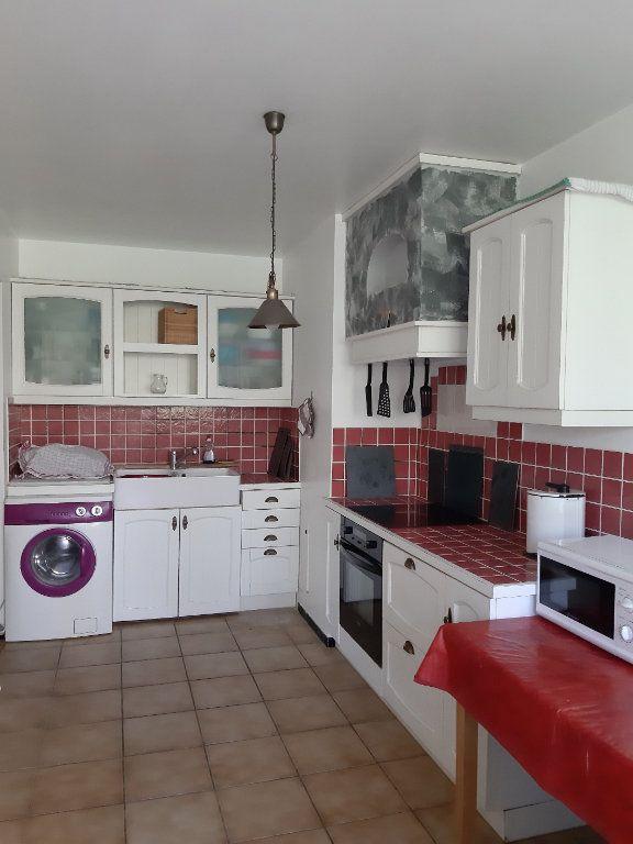 Appartement à vendre 4 78.2m2 à Istres vignette-3