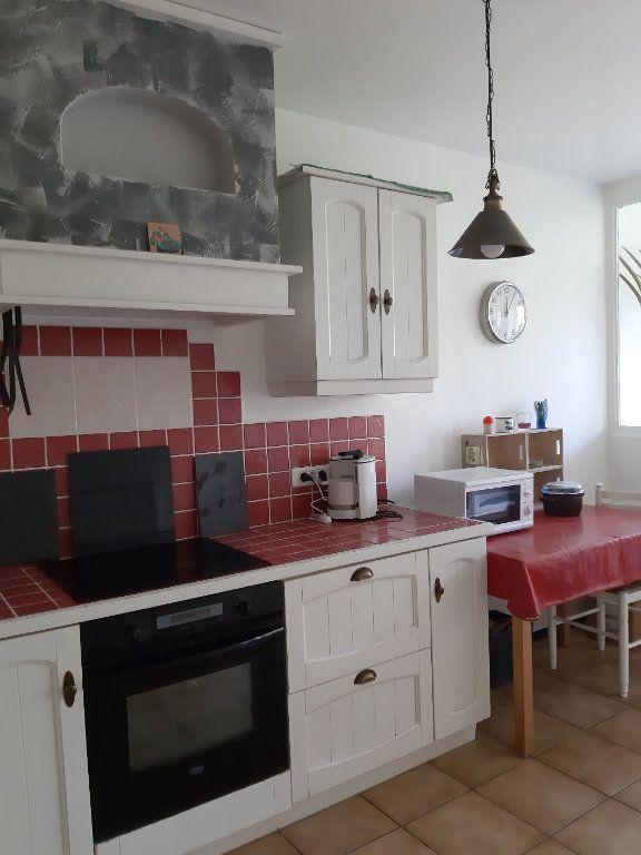 Appartement à vendre 4 78.2m2 à Istres vignette-4