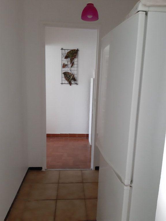 Appartement à vendre 4 78.2m2 à Istres vignette-5