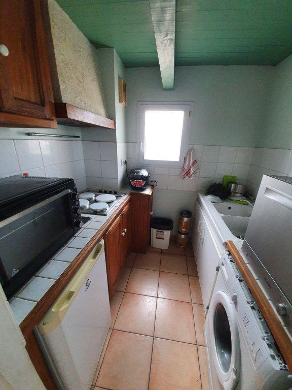 Appartement à vendre 1 31.68m2 à Saint-Martin-de-Crau vignette-2