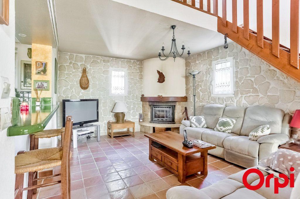 Maison à vendre 5 140m2 à Châteauneuf-de-Gadagne vignette-3