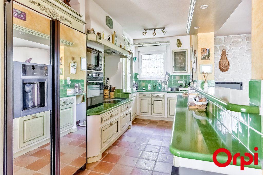 Maison à vendre 5 140m2 à Châteauneuf-de-Gadagne vignette-4