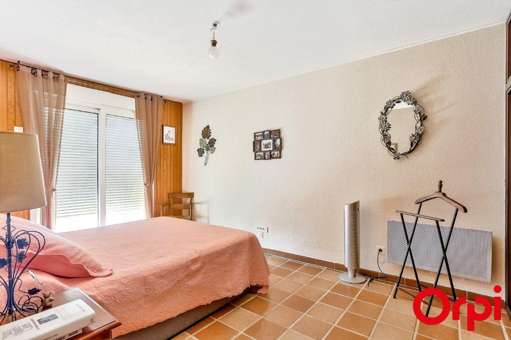 Maison à vendre 5 140m2 à Châteauneuf-de-Gadagne vignette-7