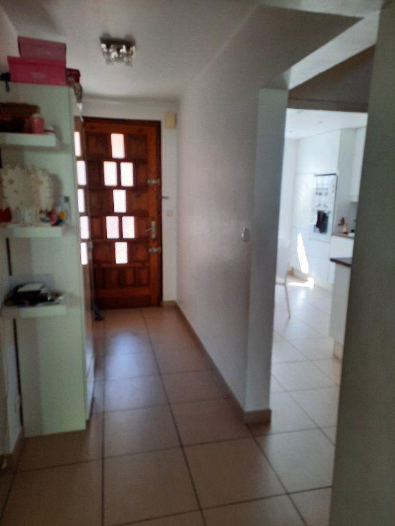 Maison à vendre 4 96.03m2 à Istres vignette-2