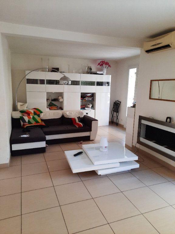 Maison à vendre 4 96.03m2 à Istres vignette-4