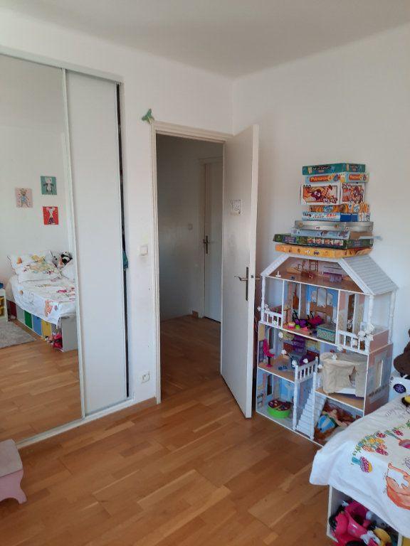 Maison à vendre 4 96.03m2 à Istres vignette-11