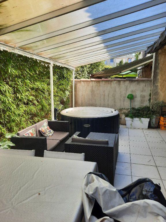 Maison à vendre 4 96.03m2 à Istres vignette-15