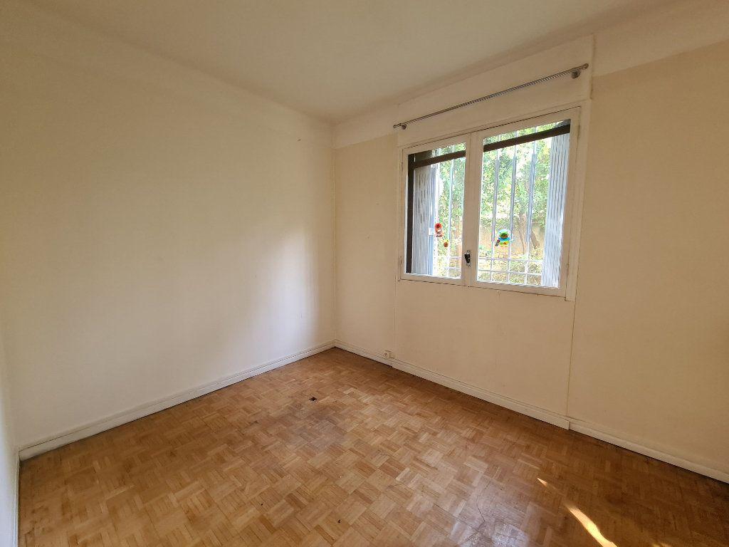 Appartement à vendre 4 108m2 à Avignon vignette-5
