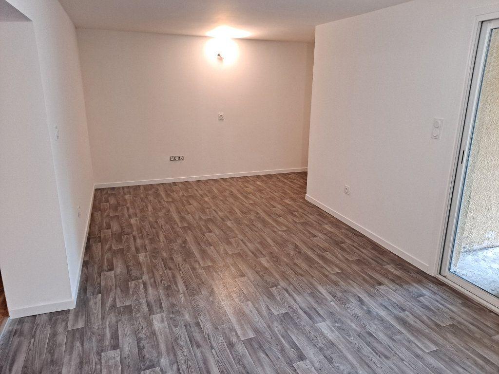 Appartement à vendre 4 90.25m2 à Pélissanne vignette-5