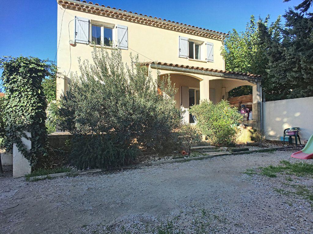 Maison à vendre 5 138.9m2 à Avignon vignette-1
