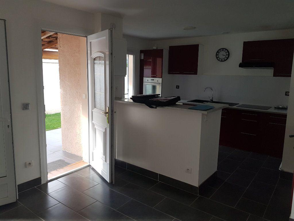 Maison à vendre 4 79m2 à Istres vignette-5