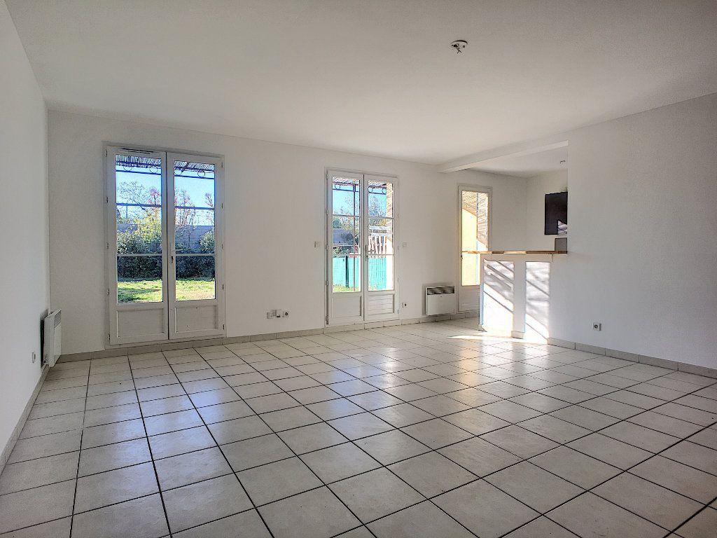 Maison à vendre 4 76m2 à Montfavet - Avignon vignette-4
