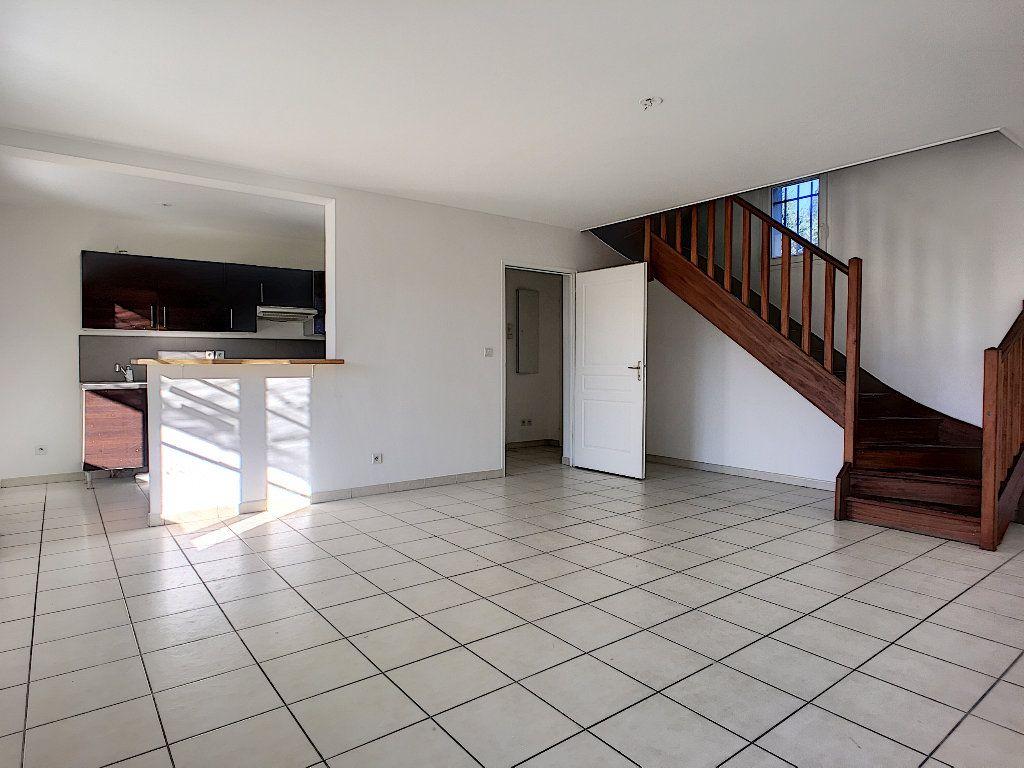 Maison à vendre 4 76m2 à Montfavet - Avignon vignette-5