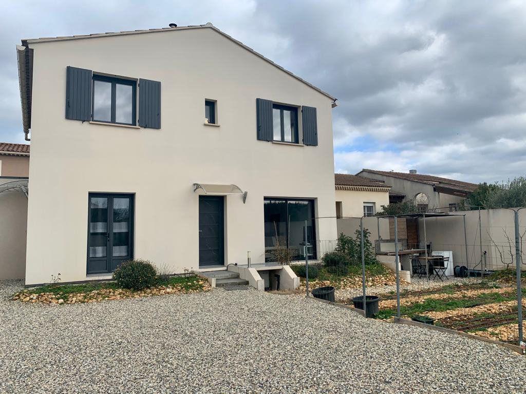 Maison à vendre 5 133m2 à Sorgues vignette-1