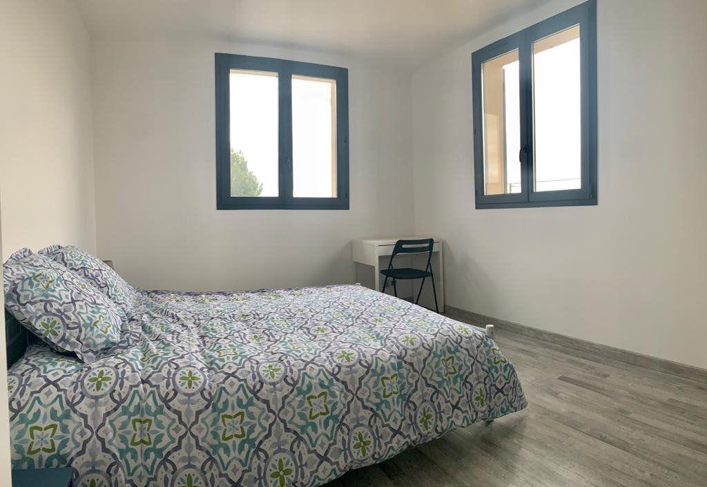 Maison à vendre 5 133m2 à Sorgues vignette-8
