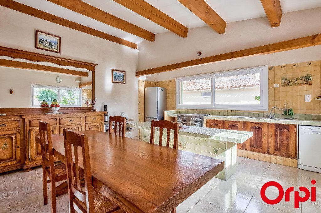 Maison à vendre 6 119.52m2 à Miramas vignette-4