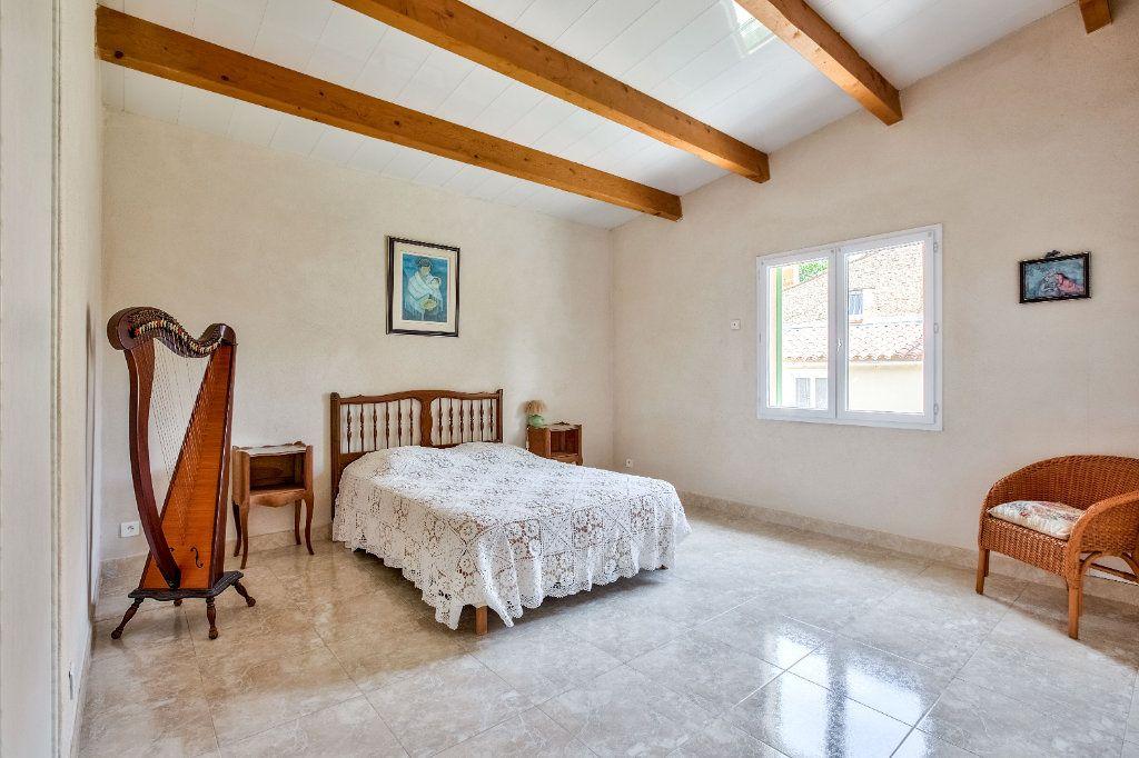 Maison à vendre 6 119.52m2 à Miramas vignette-6