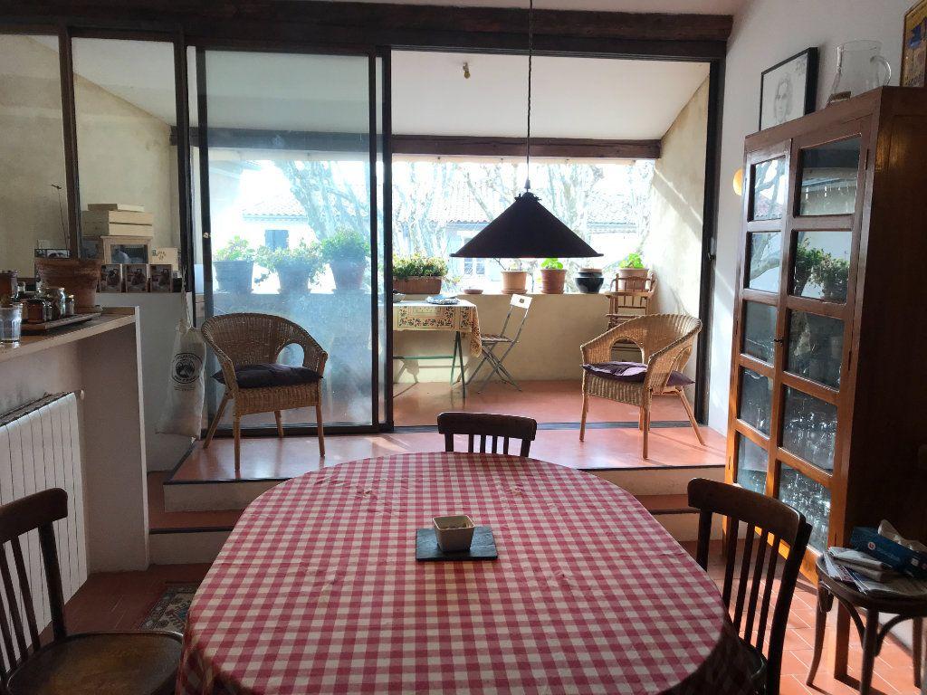 Maison à vendre 4 141m2 à L'Isle-sur-la-Sorgue vignette-5