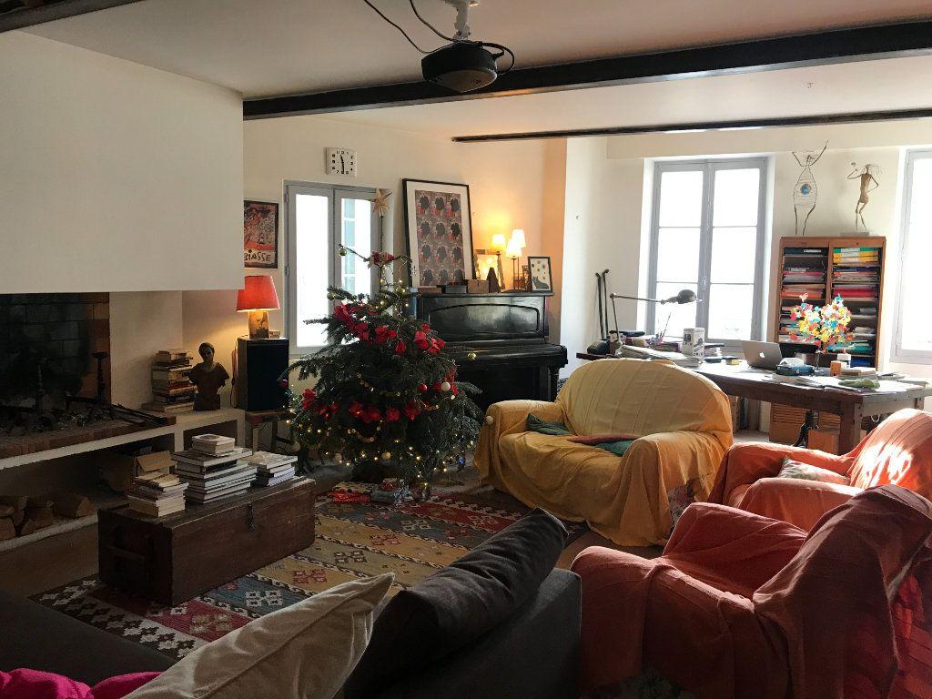 Maison à vendre 4 141m2 à L'Isle-sur-la-Sorgue vignette-7