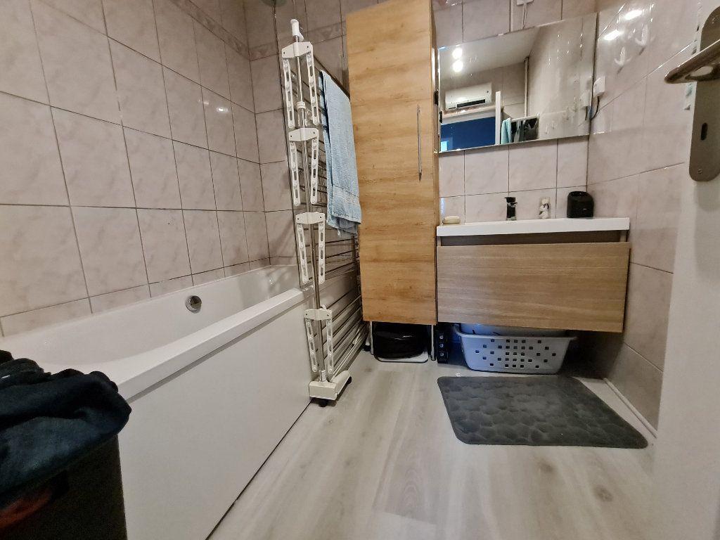 Appartement à vendre 3 67m2 à Istres vignette-9
