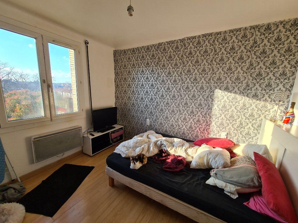 Appartement à vendre 3 65m2 à Avignon vignette-4