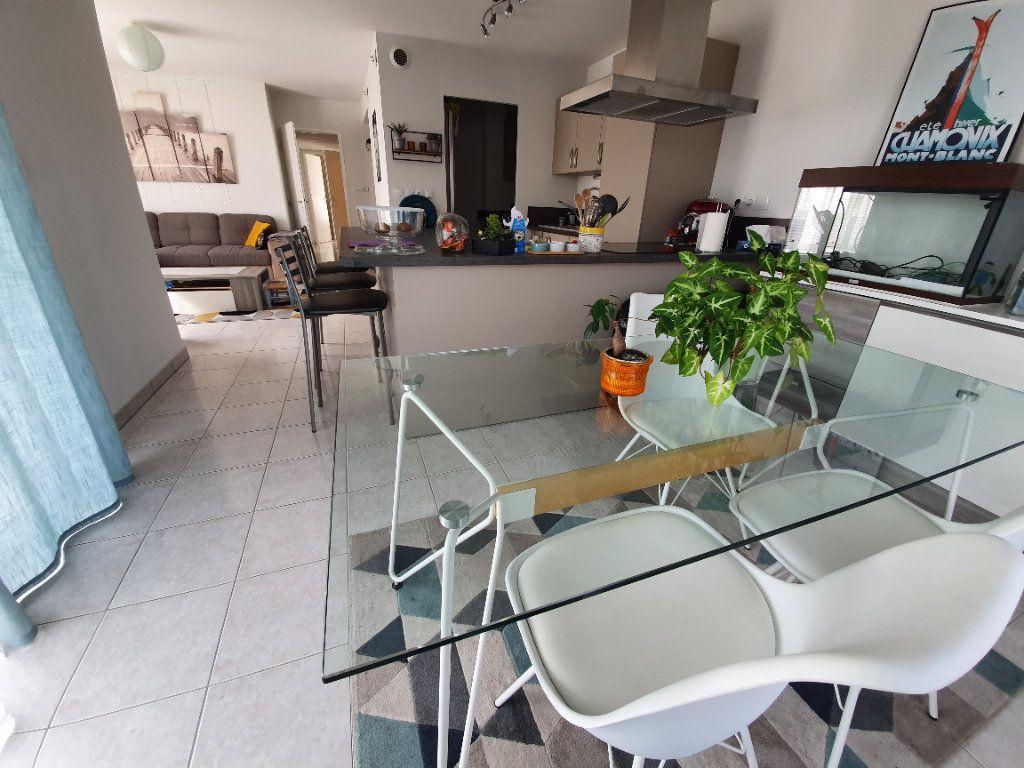 Appartement à vendre 4 83.17m2 à Saint-Martin-de-Crau vignette-5