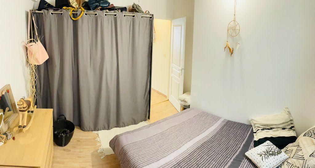 Maison à vendre 4 83.8m2 à Velaux vignette-9