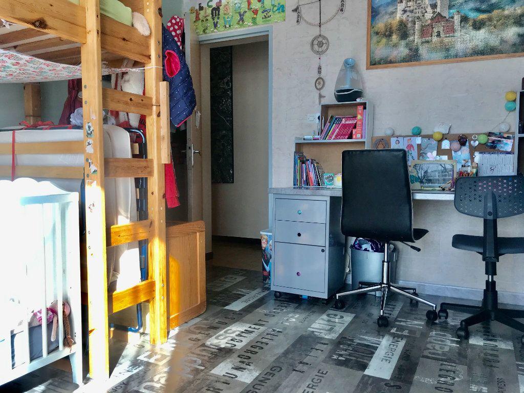 Appartement à vendre 3 73.59m2 à Salon-de-Provence vignette-7