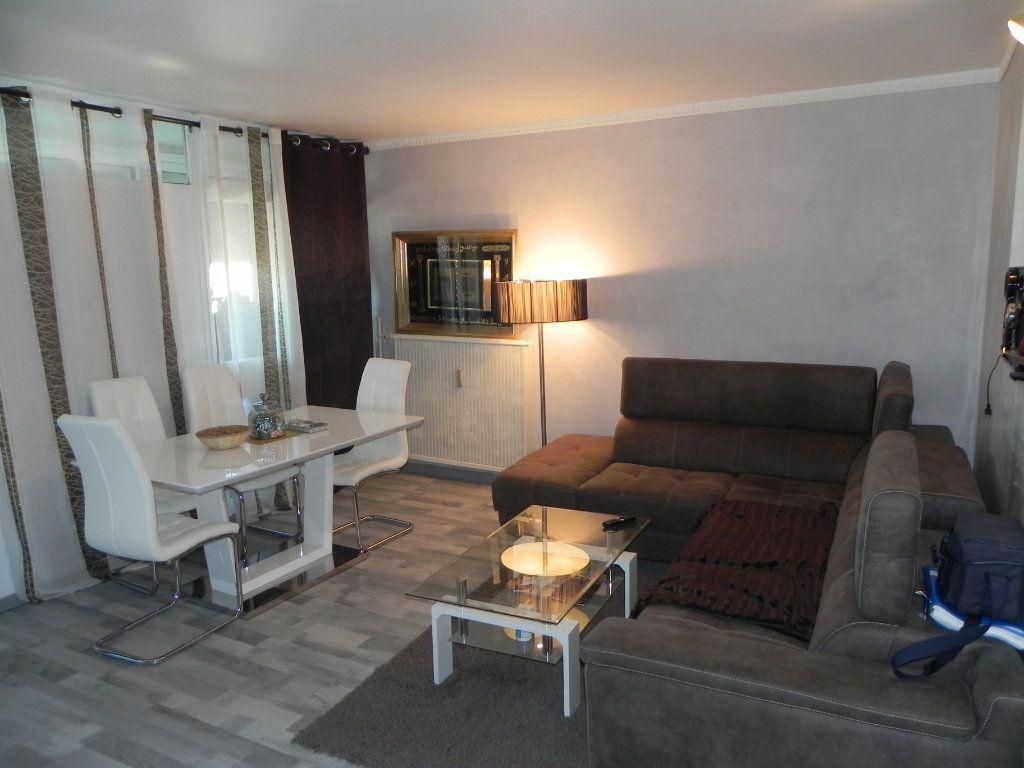 Appartement à vendre 3 61m2 à Apt vignette-1