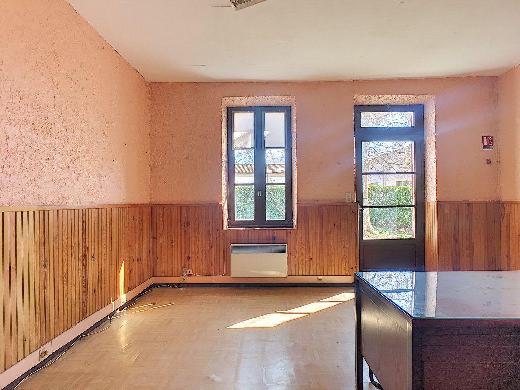Maison à vendre 7 185m2 à Montfavet - Avignon vignette-2