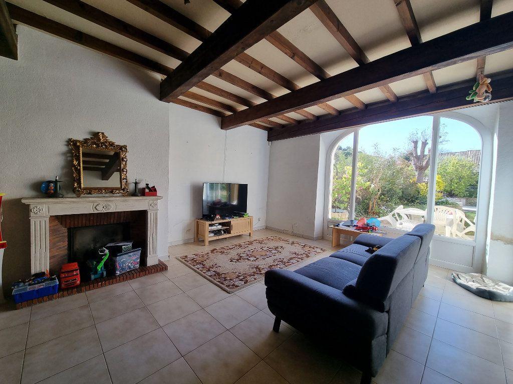 Maison à vendre 9 270m2 à Châteauneuf-de-Gadagne vignette-3