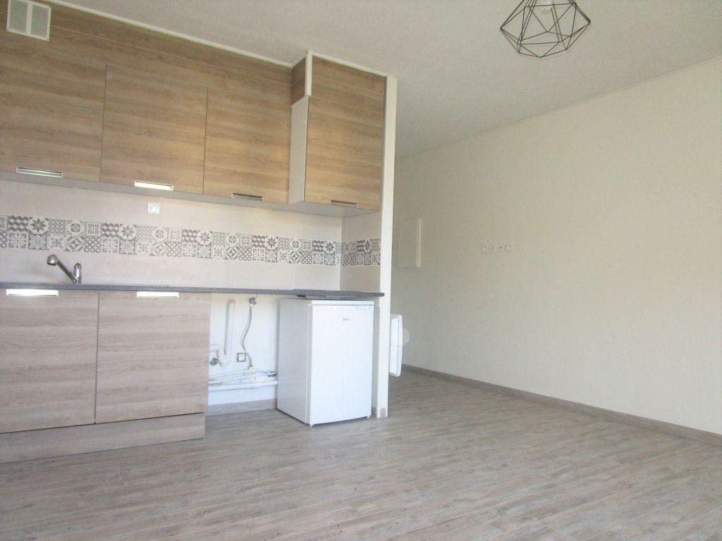 Appartement à louer 1 21.37m2 à Avignon vignette-3